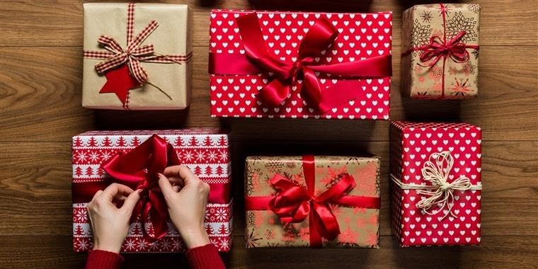 Holiday shopping in 2020: Why it's still looking up for the retailers